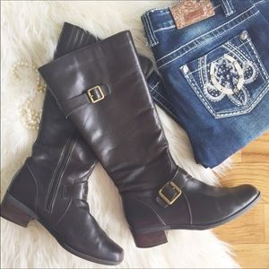 Shoes - Brown leather heeled riding boots